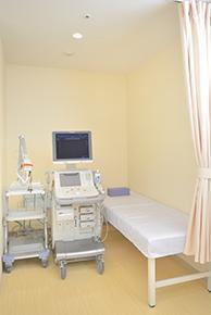 超音波装置と検査用ベッド